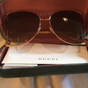 Gucci trendy polarized sunglasses